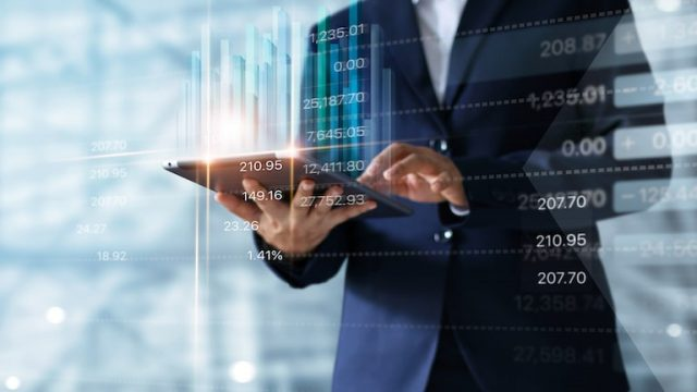 RPAお役立ち情報「市場規模拡大、あなたもRPAコンサルタントに?」